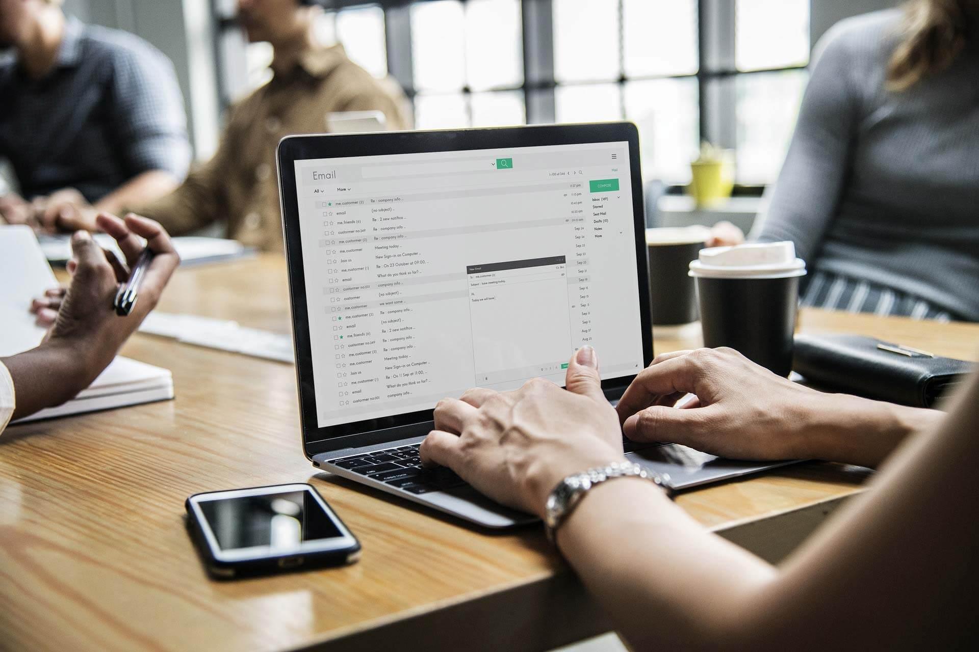 Absolutum Coworking. Concentre-se no que é essencial para seu negócio.